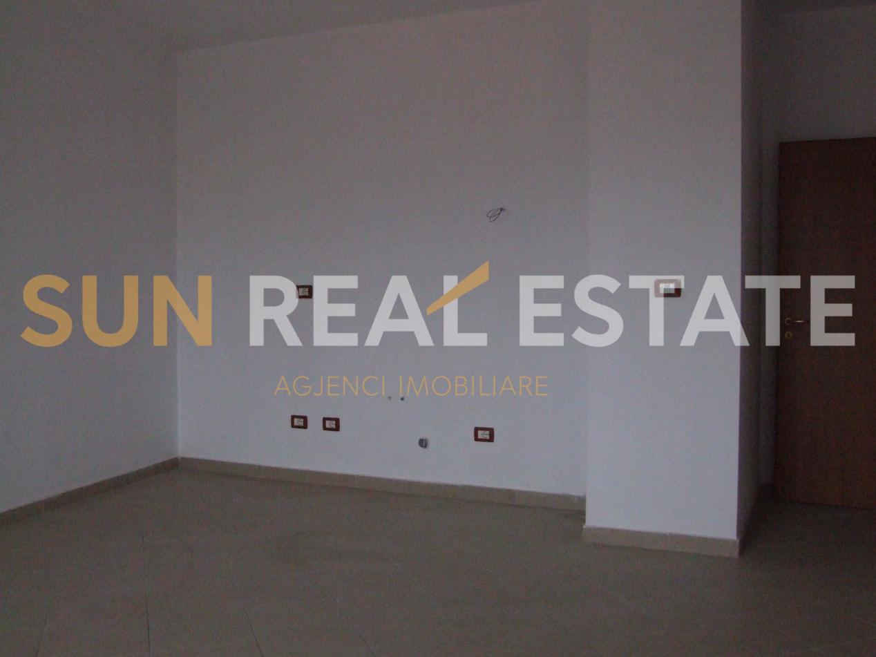 Apartament 1+1 p�r shitje tek ish-5 Heronjt�