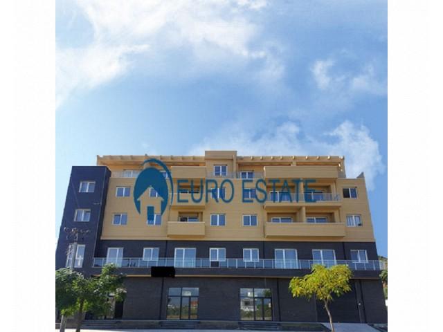 Tirane, shes apartament 1+1+A+BLK Kati 2, 60 m 35.000 Euro (Yrshek)