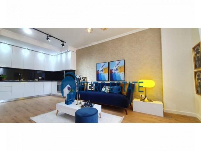 Tirane, jap me qera apartament 2+1+A+BLK Kati 8, 107 m 750 Euro (Rruga e Kosovarve)