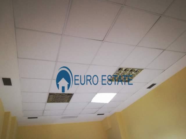 Tirane, shes ambjent biznesi Kati 1, 36 m 58.000 Euro (Rruga e Kavajs)