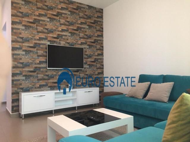 Tirane, jap me qera apartament 1+1+A+BLK Kati 18, 80 m 800 Euro (Ambasador 3)