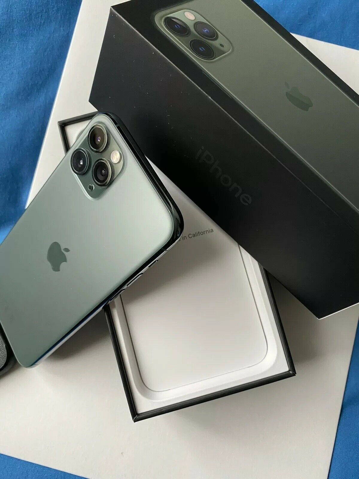 www.bulksalesltd.com WhatsApp +447451212932 Apple iPhone 11 Pro 64gb EUR500 iPhone 11 Pro Max 64gb EUR530