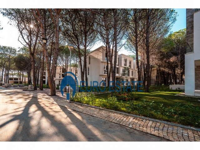 Durres, shes apartament 2+1+A+BLK Kati 2, 91 m 104.000 Euro (Gjiri Lalzit)