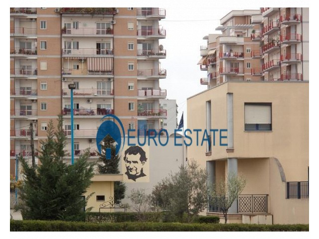 Tirane, shes apartament 1+1+A+BLK Kati 8, 52 m 42.000 Euro (Don Bosko)