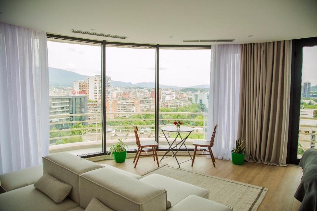 Apartamente me qera ditore ne Sheshin Skenderbeg