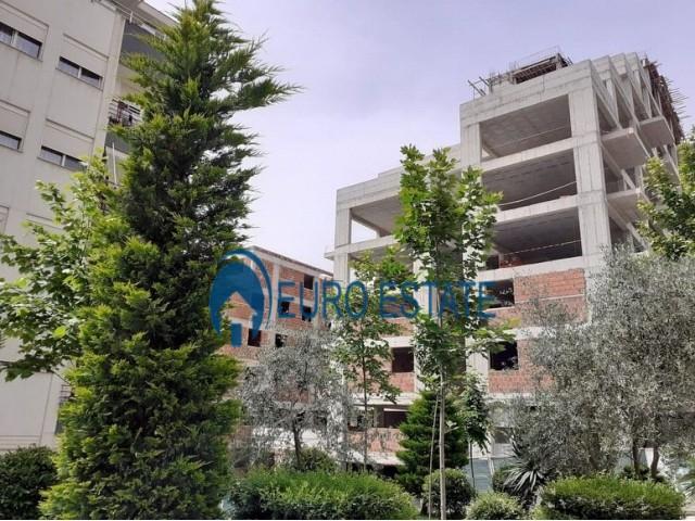 Tirane, shes apartament 2+1+A+BLK Kati 3, 138 m