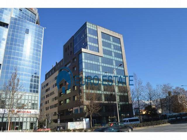 Tirane, shes Penthouse 3+1+A+BLK Kati 7, 219 m 169.000 Euro (Laprake)
