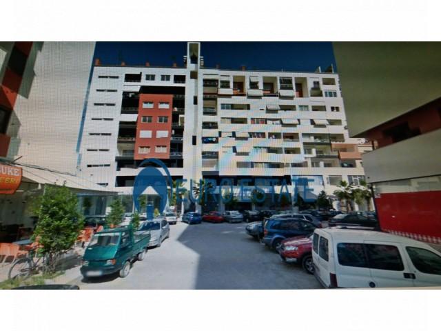 Tirane, shes apartament 2+1+A+BLK Kati 7, 208 m 85.000 Euro (Yzberisht)