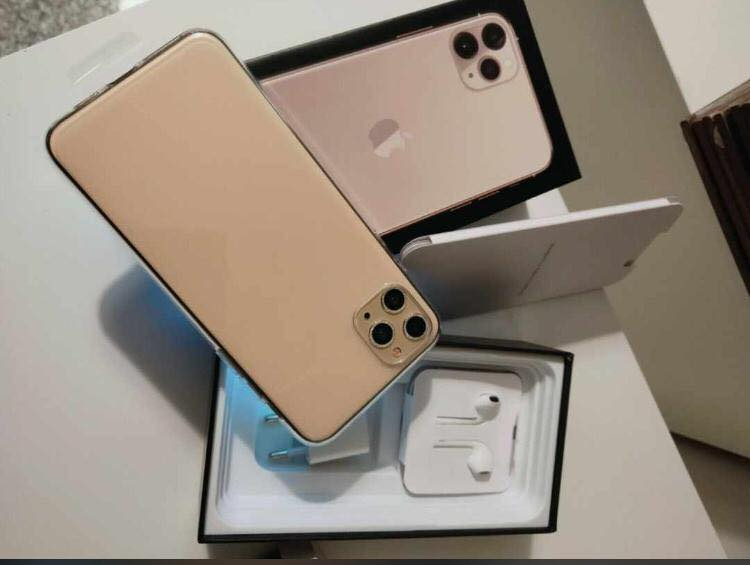 Selling iPhone 11 Pro iPhone X (Whatsapp :+13072969231)
