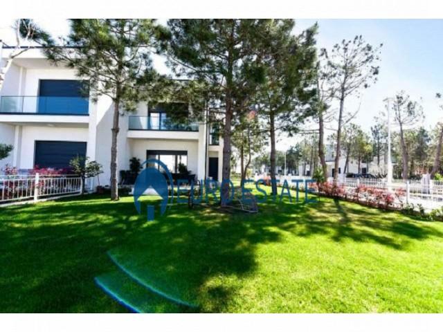 Gjiri Lalezit, shes apartament 2+1+A+BLK Kati 2, 72 m 87.000 Euro (Gjiri i Lalzit)