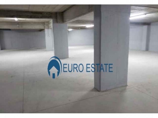Tirane, shes garazh Kati -1, 16 m 18.000 Euro (Rr. Barrikadave)