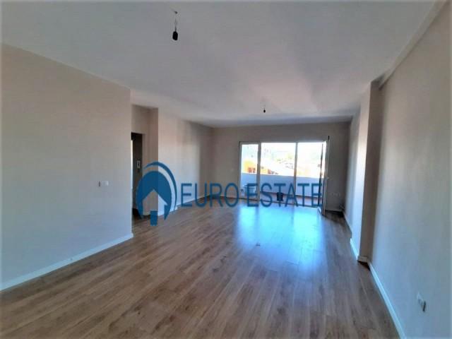 Tirane, shes apartament 1+1+A+BLK Kati 2, 82 m 89.500 Euro (Frosina Plaku)