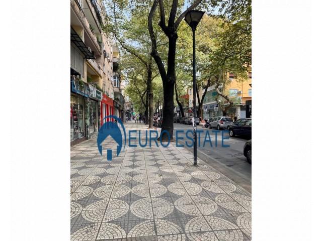 Tirane, shes ambjent biznesi Kati 0, 31 m 80.000 Euro (Rruga Myslym Shyri)