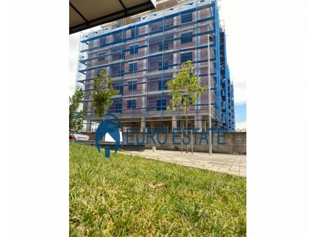 Tirane, shes apartament 2+1+A+BLK 116 m 92.500 Euro (Unaza Re)