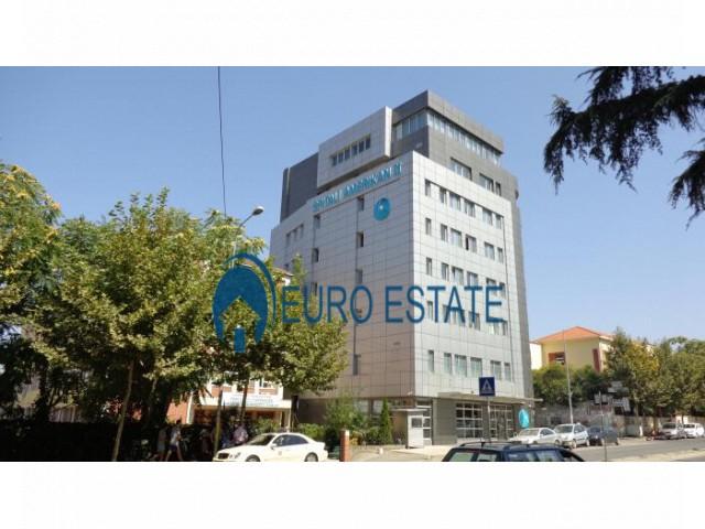 Shitet Apartament 2+1, 78.000 Euro, Rruga e Dibres