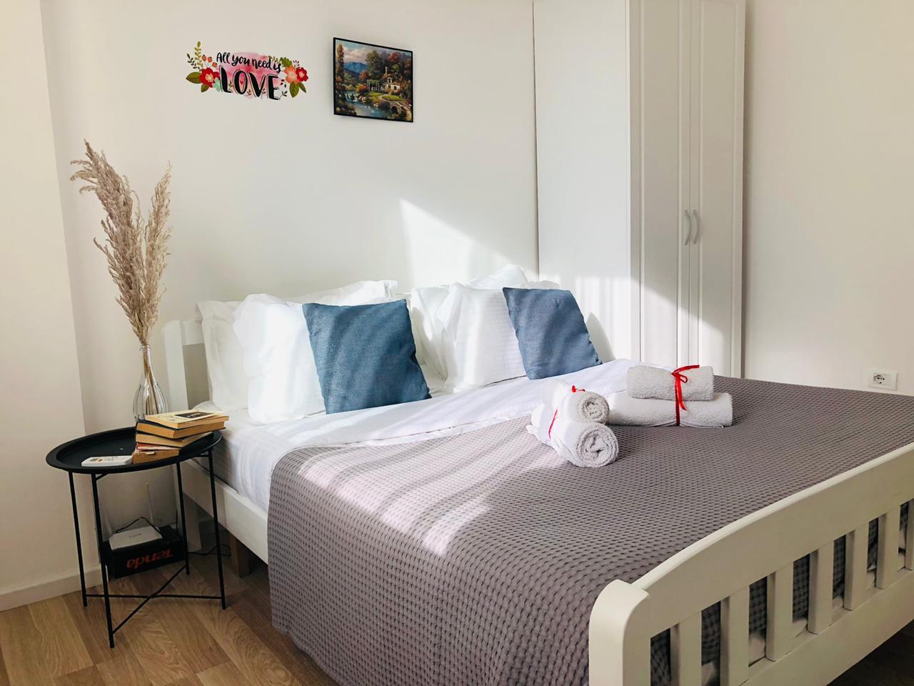 Dhome me qera ditore ne Tirane