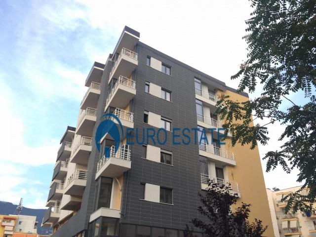 Tirane, shes apartament 2+1+A+BLK 118 m 99.000 Euro Ali Demi