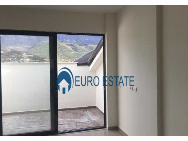 Tirane, shes apartament 3+1+A+BLK Kati 6, 138 m 48.500 Euro (Kinostudio)