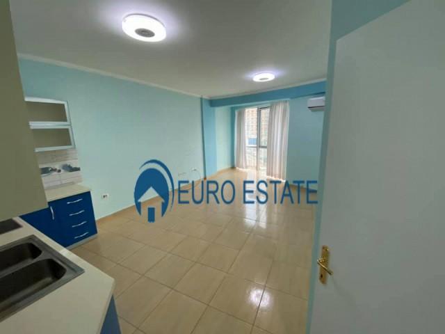 Tirane, shes apartament 2+1+A+BLK Kati 3, 95 m 73.500 Euro (Unaza e re)