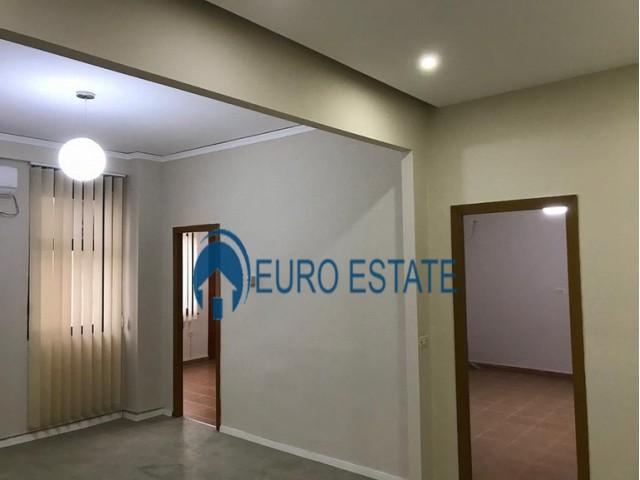 Tirane, shes ambjent biznesi Kati 5, 155 m 214.000 Euro (Qender)