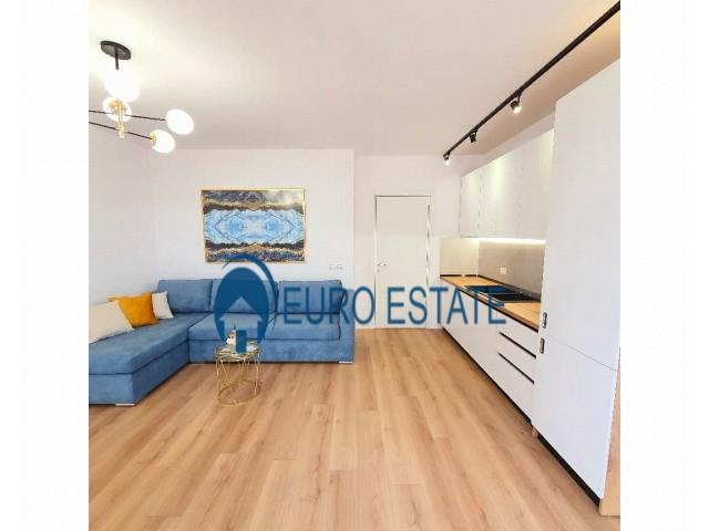 Tirane, shes apartament 1+1+A+BLK Kati 7, 66 m 78.000 Euro (Ish Parku Autobuzave)