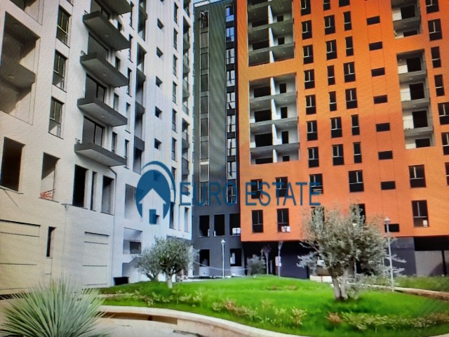 Tirane, shes apartament 2+1+A+BLK Kati 5, 106 m 88.500 Euro (Oxhaku)