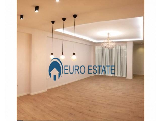 Tirane, shes apartament 3+1+A+BLK Kati 3, 110 m 62.000 Euro (Fresku)