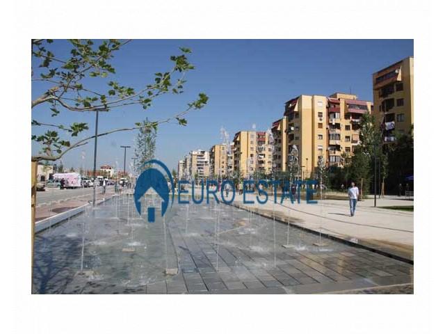 Tirane, shes apartament 2+1+A+BLK Kati 5, 74 m 58.000 Euro (Fusha e Aviacionit)