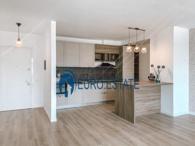 Tirane, shes apartament 3+1+A+BLK Kati 9, 151 m, 138.000 Euro, (Fusha e Aviacionit)