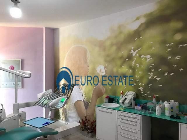 Tirane, jap me qera ambjent biznesi Kati 6, 125 m 500 Euro (Rruga e Kavajes)