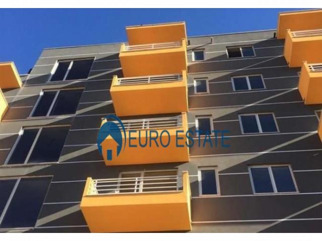 Tirane, shes apartament 1+1+A+BLK Kati 3, 81 m 44.500 Euro (Fresku)