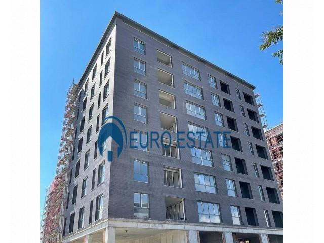 Tirane, shes apartament 3+1+A+BLK 152 m 140.000 Euro (Oxhaku)