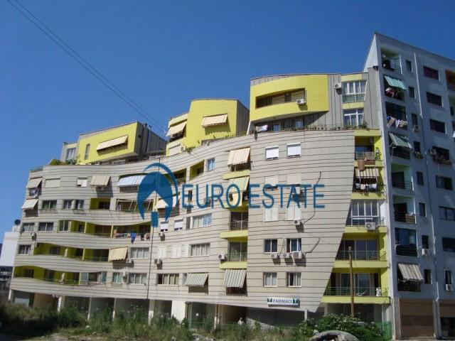 Tirane, shes ambjent biznesi Kati 1, 36 m 70.000 Euro (Don Bosko)