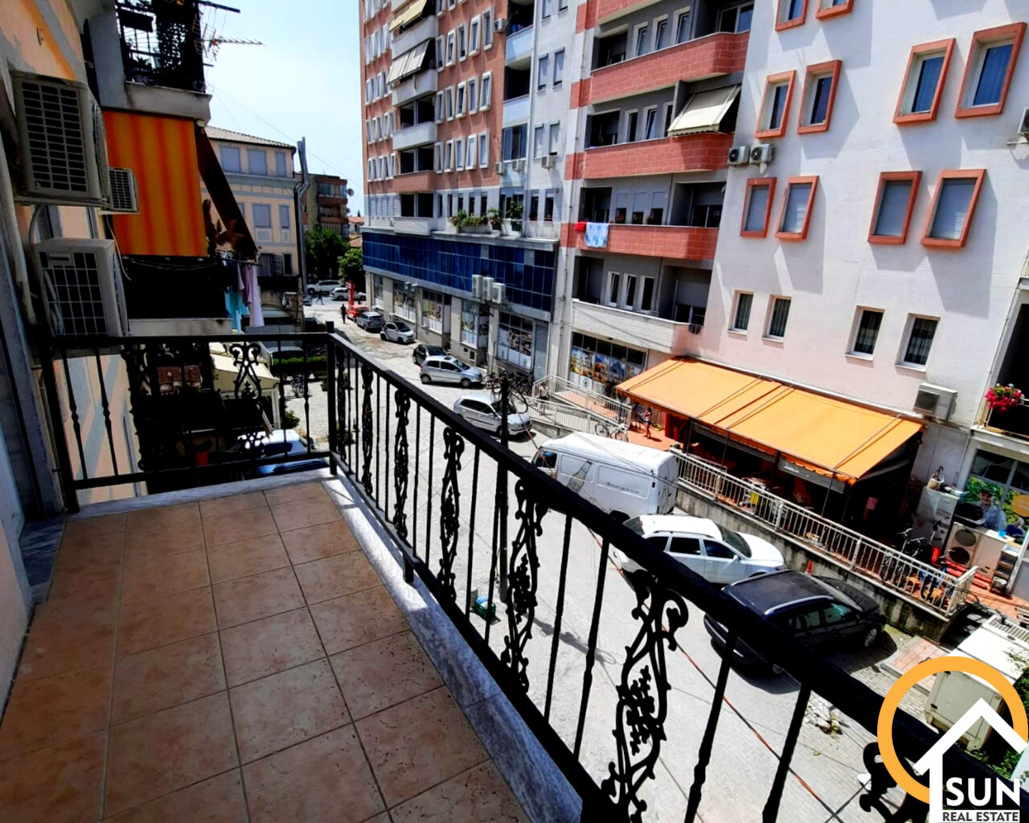 Apartament 1+1 pr shitje n Sarreq