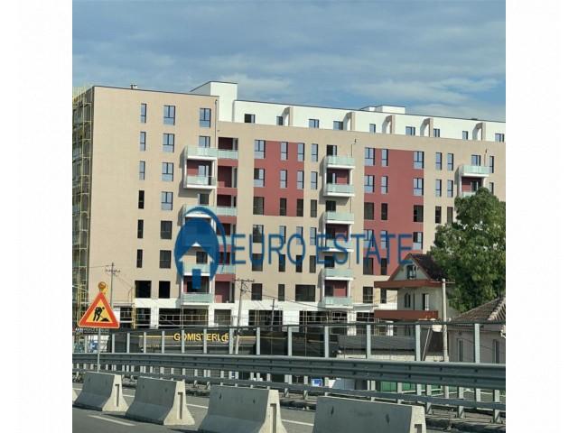 Tirane, shes apartament 3+1+A+BLK Kati 7, 125 m 88.000 Euro (Casa Italia)
