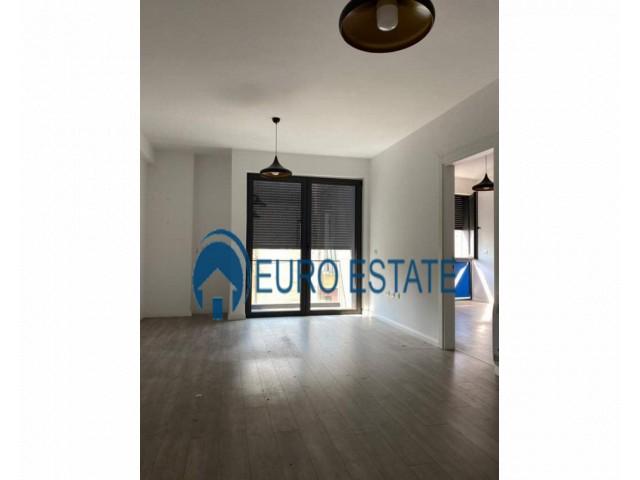 Tirane, jap me qera apartament 1+1+A+BLK Kati 3, 75 m 350 Euro (21 dhjetori)