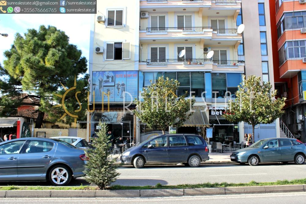Dyqan me qira n� qend�r t� Shkodr�s