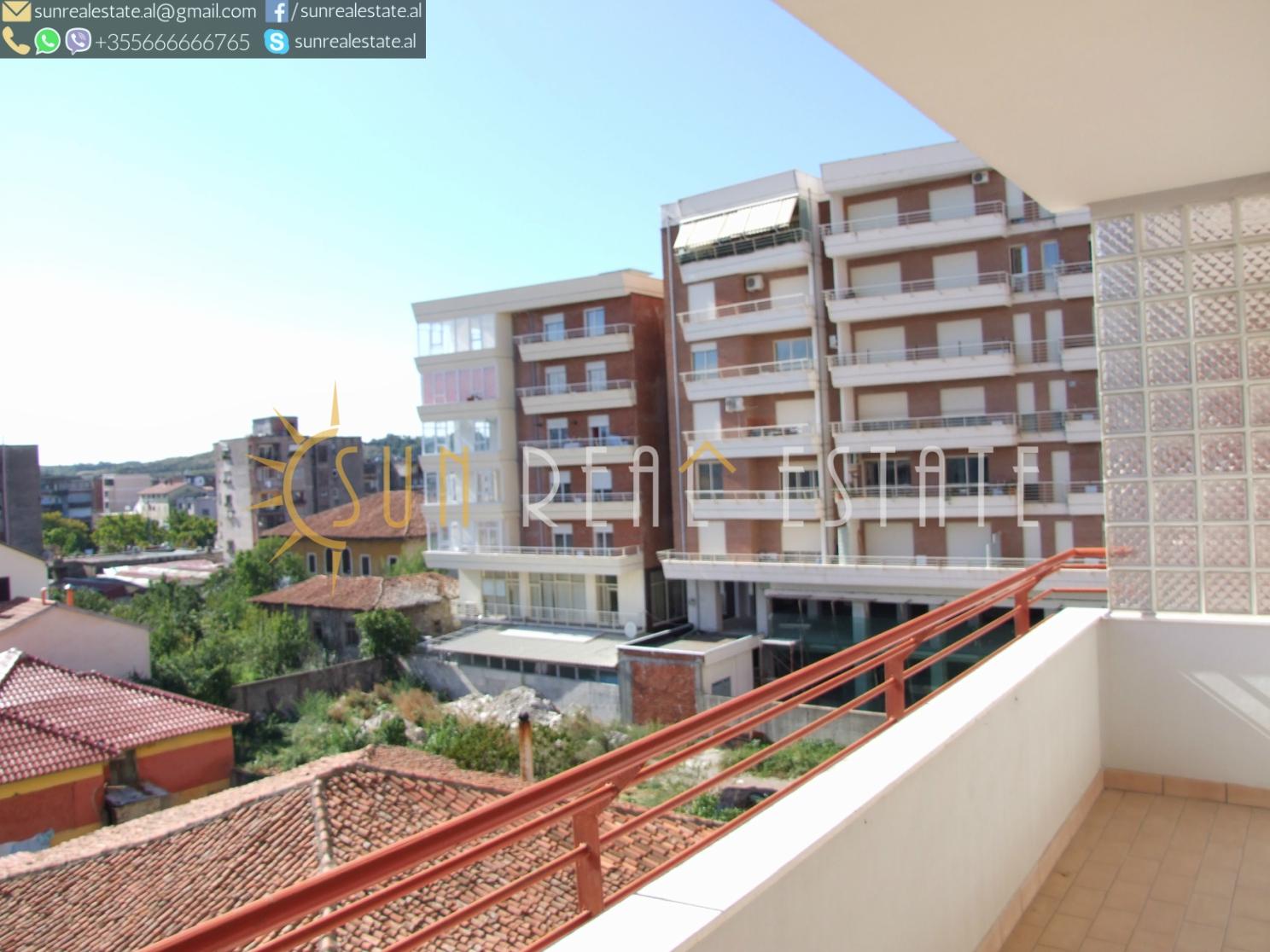 Apartament 2+1 me qira