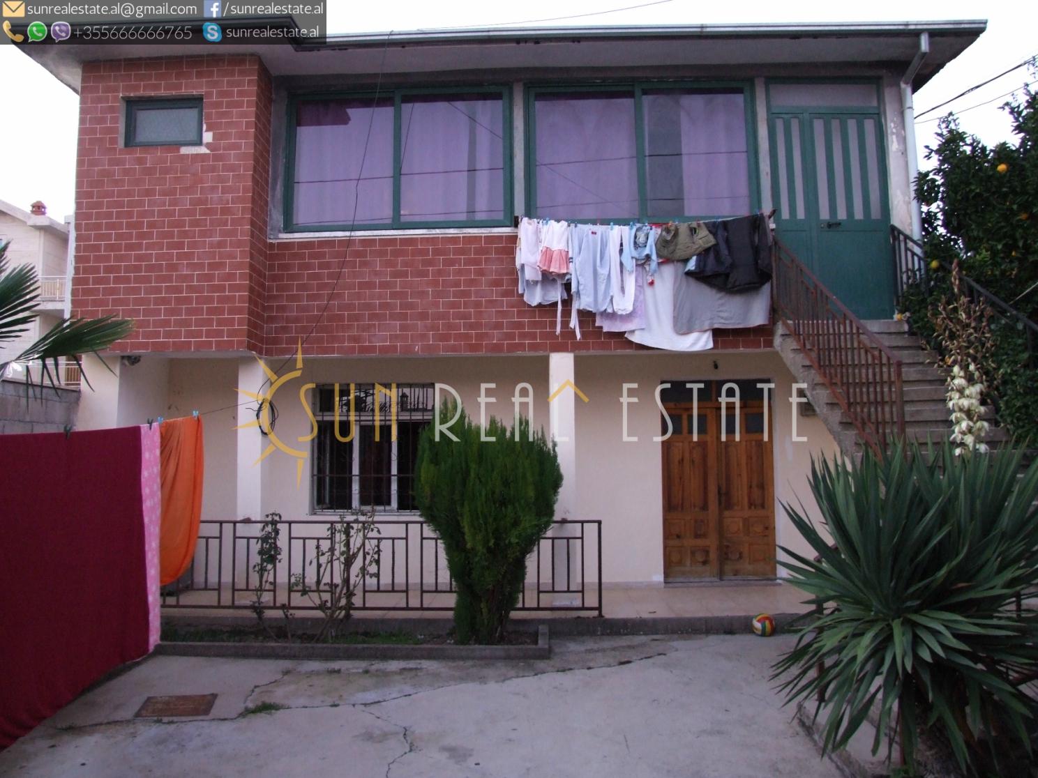 Shtëpi private në shitje