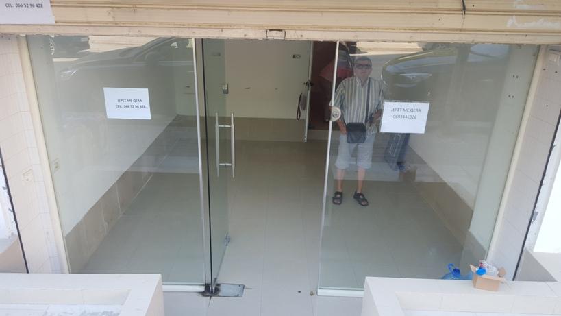 Jepet me Qera, dyqan, Durres , 25 m2