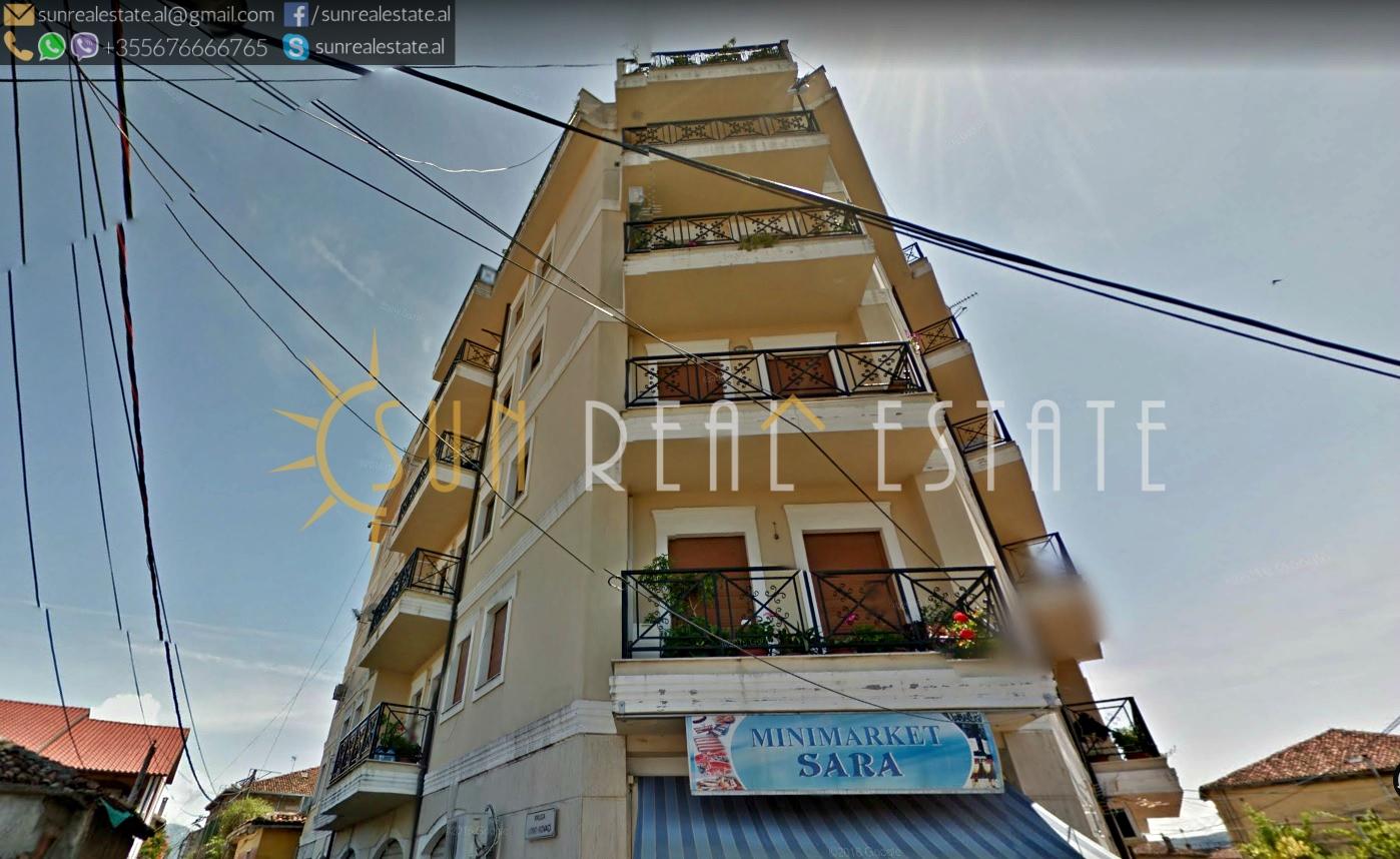 Apartament 3+1 me qira afr Dugajve t Reja