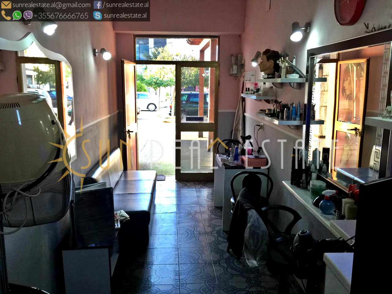 Dyqan me qira te spitalet (për berber)