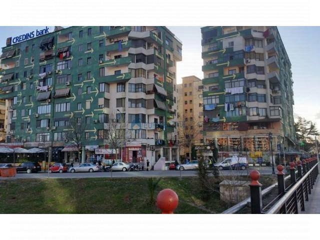 Tirane, shes dyqan Kati 1, 30 m� 45.000 Euro (Pallati me Shigjeta)