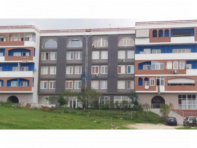 Tirane, shes apartament 2+1+A+BLK Kati 3, 120 m2 62.000 Euro (Vellezerit Kondi, Sauk)