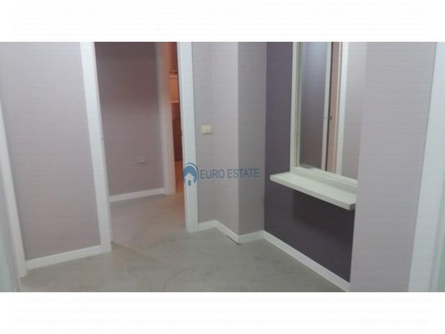 Tirane, jap me qera apartament 2+1+A+BLK Kati 3, 180 m² 1.200 Euro (Bllok)