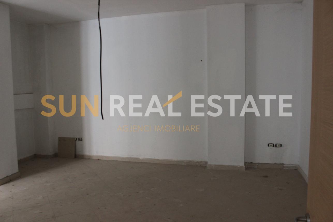 Apartament 1+1 n shitje, Sarreq