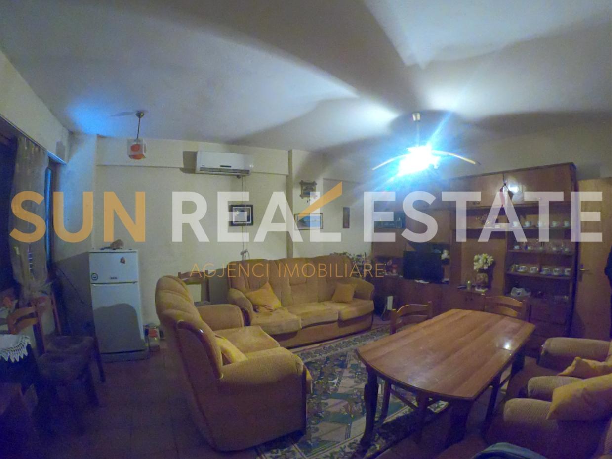 Apartament 1+1 me qira, ne rrugen aEURoeKole HeqimiaEUR