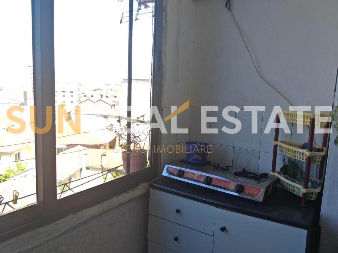 Apartament 1+1 me qira tek Baja e Vog�l