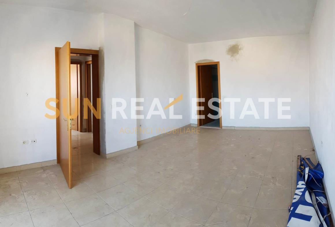 Apartament 2+1 ne shitje te Mahalla e Cakajve