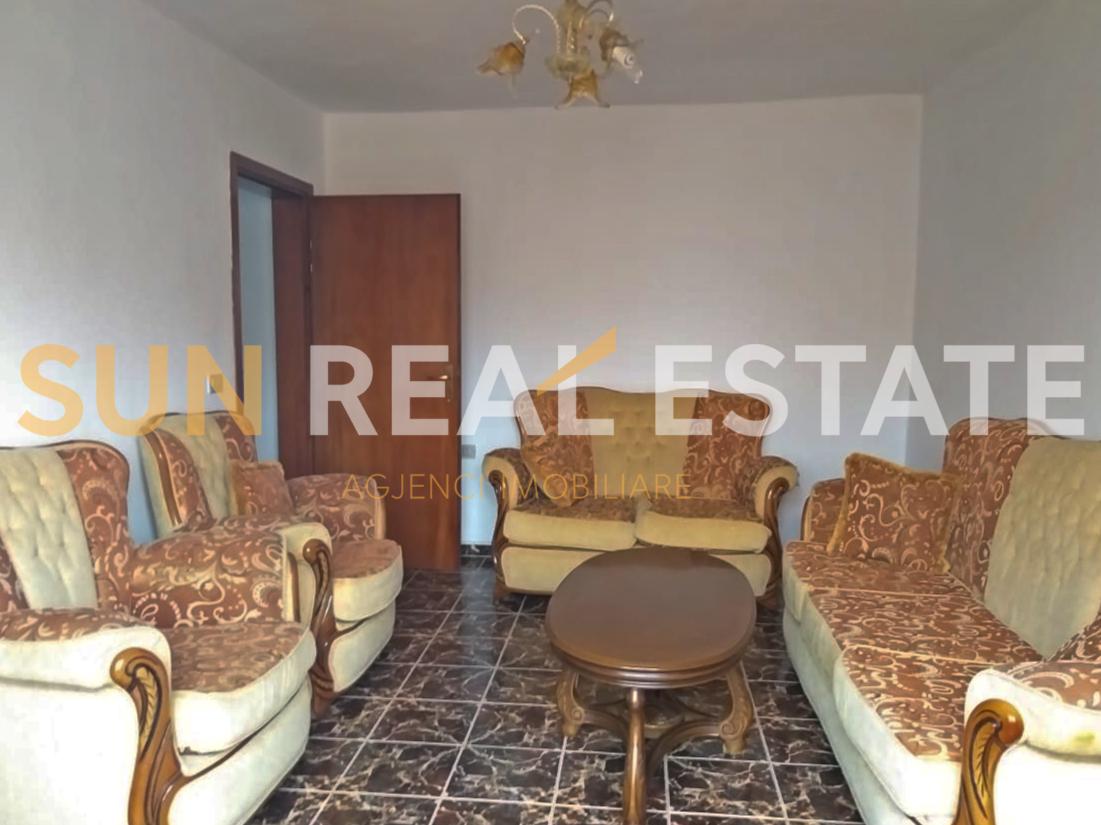Apartament 2+1 pr shitje n Rus